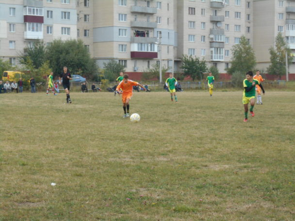 fk-lmz-yunior-blyzkyj-do-chempionstva